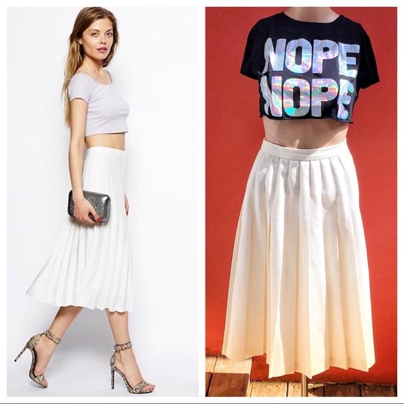 Vintage Dresses & Skirts - Vintage Cream Pleated Midi Skirt 🌸